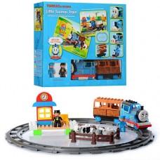 """Игровой набор Железная дорога с световыми и звуковыми эффектами с паровозиком """"Томас"""" арт. 0442"""