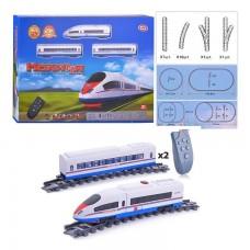 Железная дорога Молния для детей на пульте радиоуправления с локомотивом и 2 вагонами, со звуковым эффектами