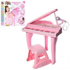 Детский синтезатор - рояль со стульчиком и регулятором громкости от ТМ  Win Fun, 37 клавиш арт. 2045