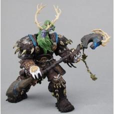 Игровая коллекционная Фигурка Друида Broll Bearmantle высота 18 см - World of Warcraft Series, DC Unlimited 42981-05 lt-61941\26683-2