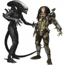 Игровой набор из 2 фигурок Чужой против Хищника с дополнительными аксессуарами высота 20см - Alien VS Predator