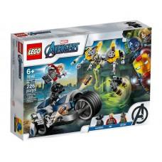 Lego Super Heroes Мстители: Атака на спортбайке 76142
