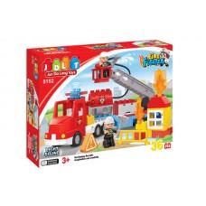 Конструктор развивающий для малышей Пожарная станция из 36 деталей, фигурки, световые и звуковые эффекты