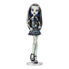 Кукла Монстер Хай Френки Штейн с питомцем выпуск 2010 года Monster High Frankie Stein Basic