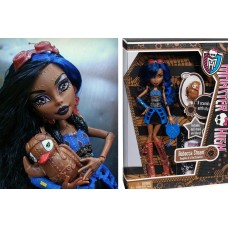 Кукла Монстер Хай Робекка Стим базовая с питомцем Monster High Robecca Steam Basic