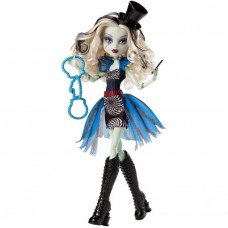 Кукла монстер хай Френки цирк Monster High Freak du Chic Frankie Stein Doll
