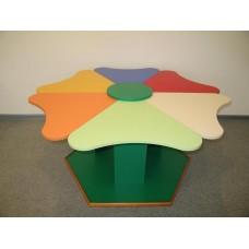 Игровой Стол Ромашка для детского сада на 6 посадочных мест-лепестков для игр и занятий с детьми 123x109x58 см