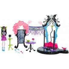 Кукольный игровой набор Монстер Хай Monster High Дракулаура Draculaura добро пожаловать в школу монстров
