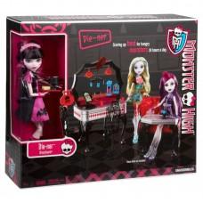 Кукольный игровой набор Монстер Хай Динер Дракулауры Monster High Die-Ner and Draculaura Playset