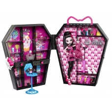 Игровой набор с Куклой Монстер Хай Дракулаура в шкафчике с аксессуарами - Monster High Draculaura Draculocker
