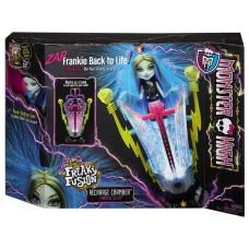 Кукольный игровой набор Monster High Кукла Монстер Хай Френки и станция подзарядки