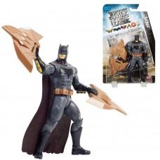 """Фигурка Бэтмен и щитовые когти из к/ф """"Лига Справедливости"""" - Batman, Claw Shileds, DC Comic, Mattel"""