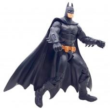 Коллекционная фигурка Бэтмен из игры Лечебница Аркхэма, высота 18 см - Batman: Arkham Asylum, DC Comics, Mattel