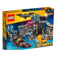 LEGO The LEGO Batman Movie 70909 Batcave Break-In Нападение на Бэтпещеру