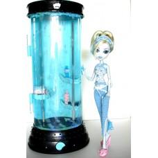 Кукольный игровой набор Монстер Хай Лагуна Блю и Станция Гидратации Dead Tired Lagoona Blue and Hydration Station