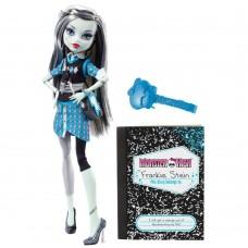 Кукла Монстер Хай Френки Штейн Выпускники с длинными волосами Monster High Frankie Stein Schools Out Doll 27см