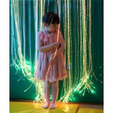 Световое решение для сенсорной комнаты: Световая стена-штора с боковым свечением. волокна Starflex длиной 2.5м